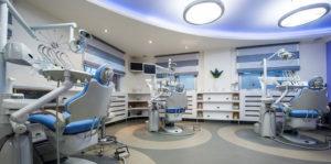 Имплантация зубов и рейтинг современных клиник